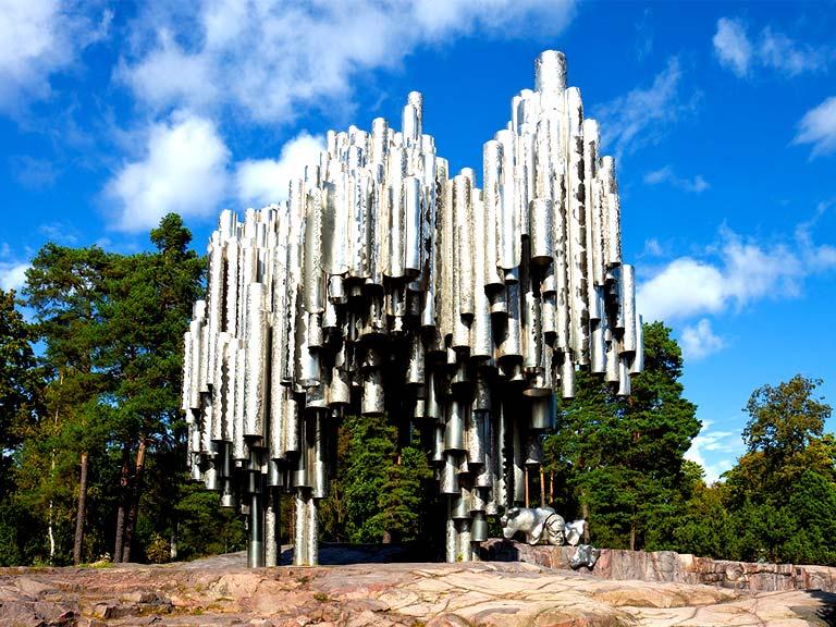 Памятник Сибелиусу: поющий орган